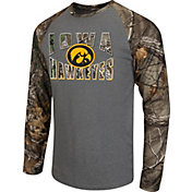 Colosseum Athletics Men's Iowa Hawkeyes Grey/Camo Break Action Long Sleeve Shirt