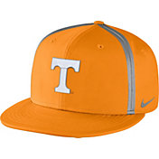 Nike Men's Tennessee Volunteers Tennessee Orange Champ Drive True Snapback Hat