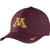 Nike Men's Minnesota Golden Gophers Maroon Vapor Sideline Coaches Hat