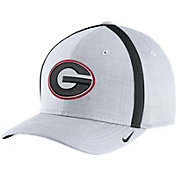 Nike Men's Georgia Bulldogs White AeroBill Football Sideline Coaches Classic99 Hat