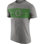 Nike Men's Oregon Ducks Grey Logo Basketball T-Shirt