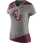 Nike Women's Oklahoma Sooners Grey/Crimson Champ Drive Football Dri-Blend V-Neck T-Shirt